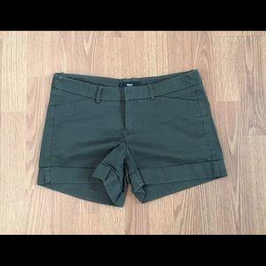 Mossimo Shorts Size 4 Fit 3 Cuffed Hem Stretch